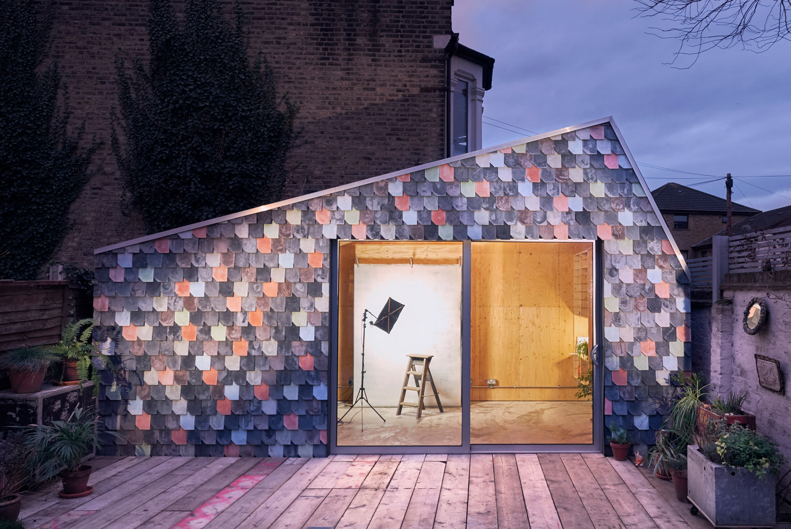 Exterior shot of the Holloway Lightbox, a photography studio, a screenwriter's retreat and a flexible family space designed by Studio Bark